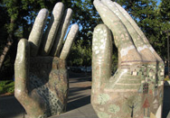 Our Hands Sculpture, Chico